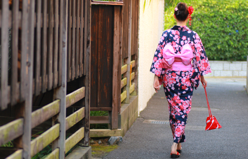 yukata girls Japan shopping